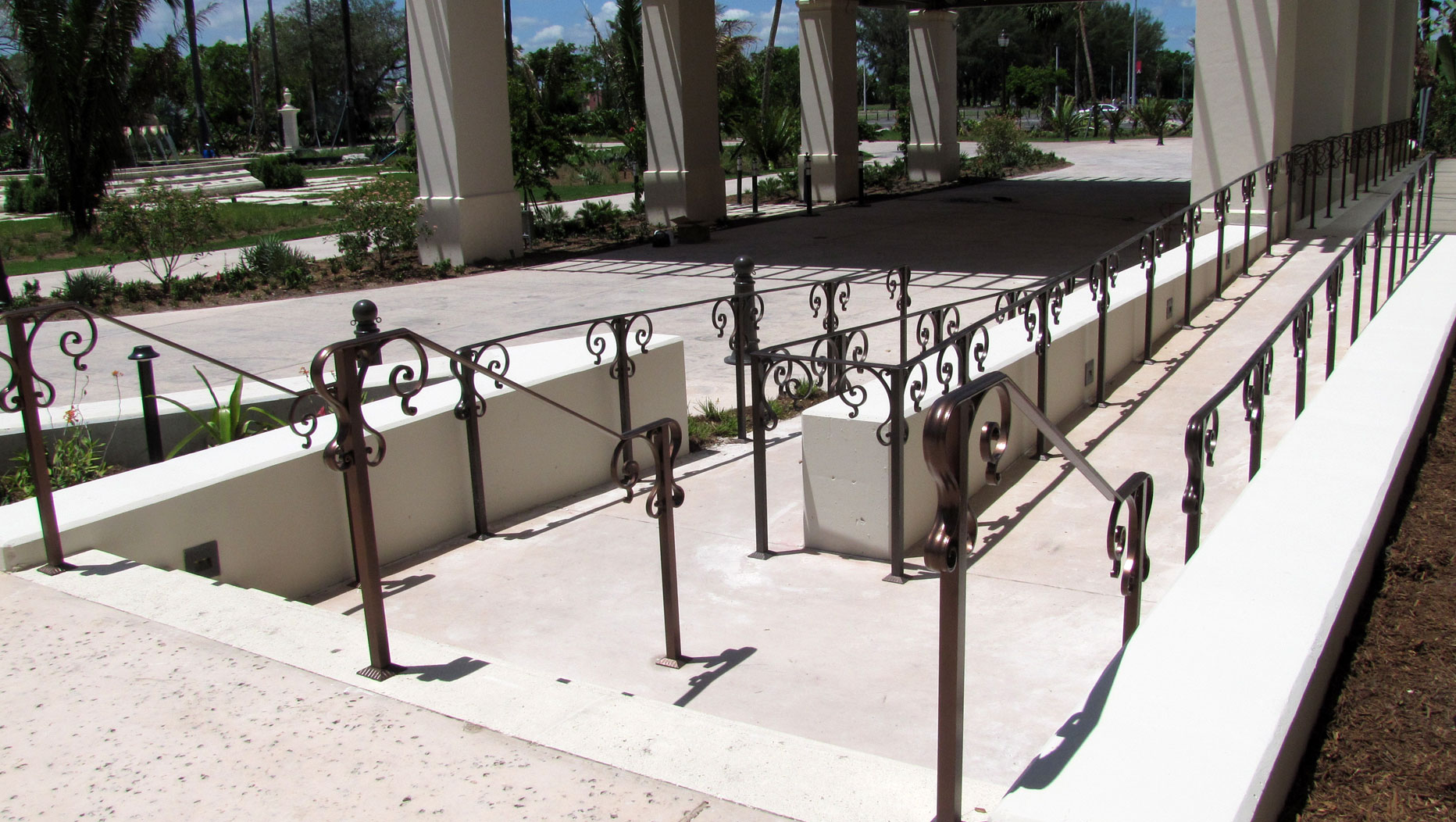 photo of a iran railing